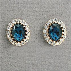 GT0522120009 Luxurious Oval cut Swarovski Crystal Stud