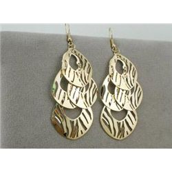 GT0522120018 Foxy Zebra Pattern Dangle Gold Tone Earrin