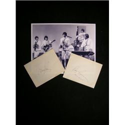 Paul Revere & The Raiders Signatures