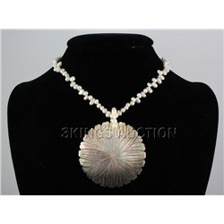 162.00 CTW FRESHWATER CAPIZ PENDANT/MOTHER OF PEARL 24""