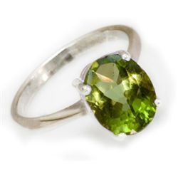 Natural 2 ctw Peridot Oval .925 Sterling Silver Ring