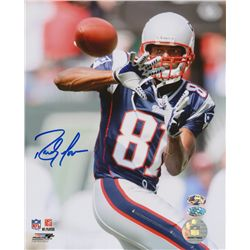Randy Moss Signed Patriots 8x10 Photo (Moss Hologram)