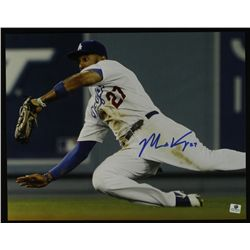 Matt Kemp Signed Dodgers 11x14 Photo (GA COA)