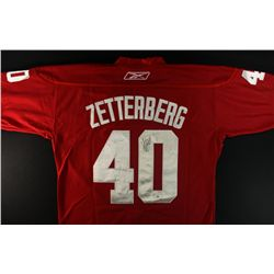 Henrik Zetterberg Signed Red Wings Jersey (GA)