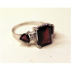 Ladies Striking Ruby & Diamond Trio Ring