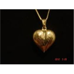 STERLING SILVER NECKLACE W PUFFY HEART PENDANT VINTAGE