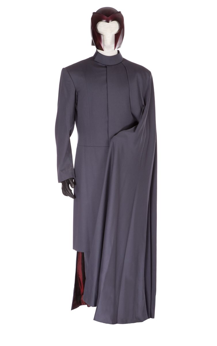 "SIGNATURE IAN MCKELLEN ""MAGNETO"" COSTUME FROM XMEN"