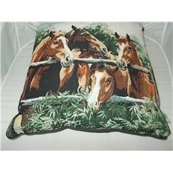 "Pillow - 14"" x 14"" Western design 5 horse heads"