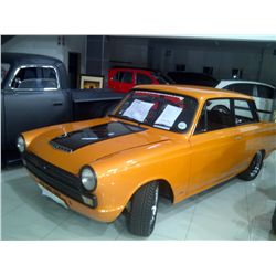 Piece-sign Cortina '65 (V6 3L) Custom