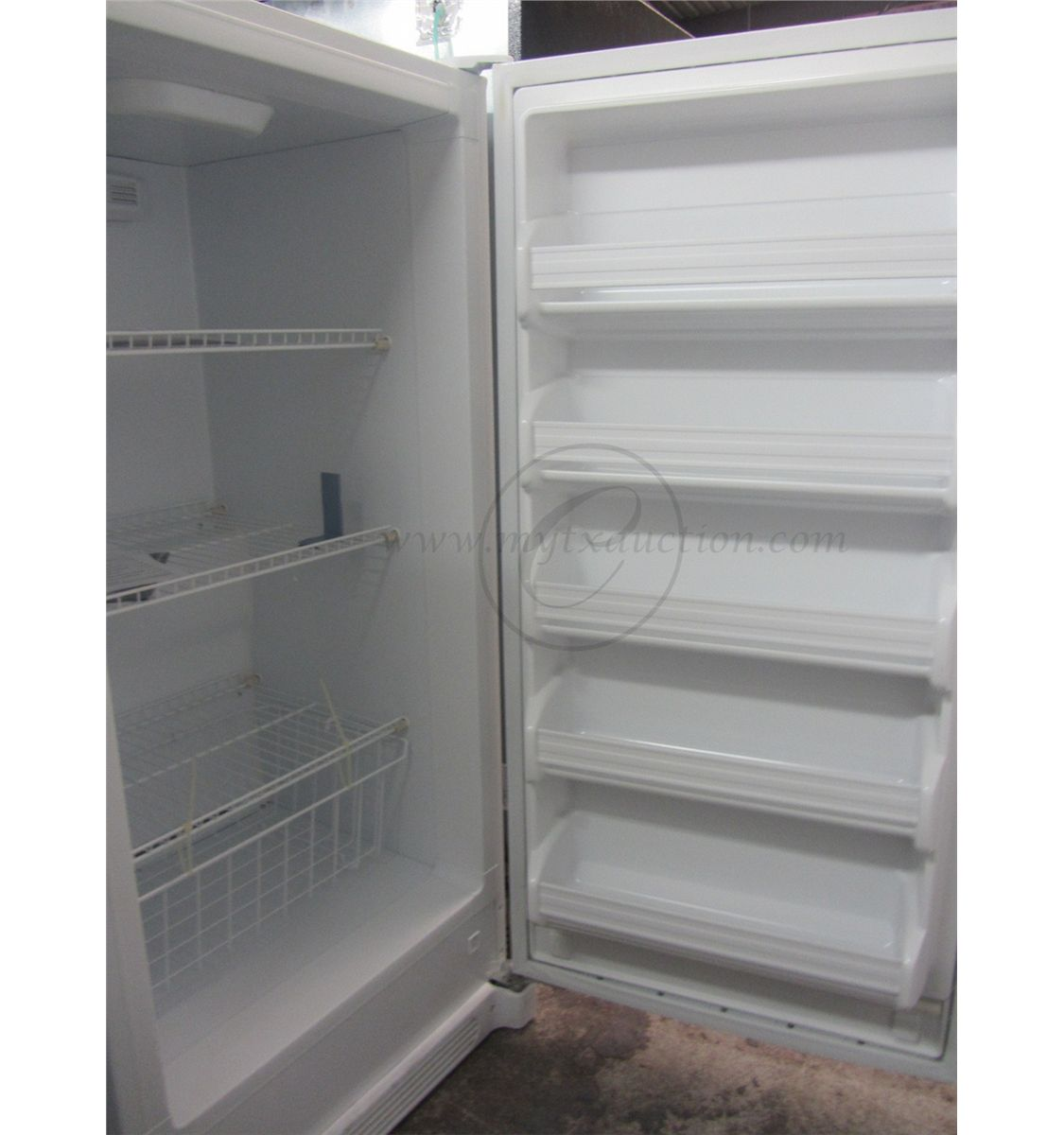 Vertical Freezers For Sale Frigidaire 137 Cubic Foot Upright Freezer Scratch And Dent See