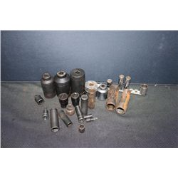 GREAT SELECTION OF SOCKETS - 25 PIECES