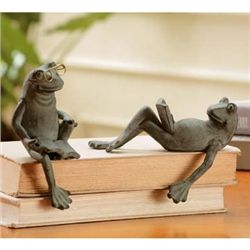 Reading Frog Shelf Sitters