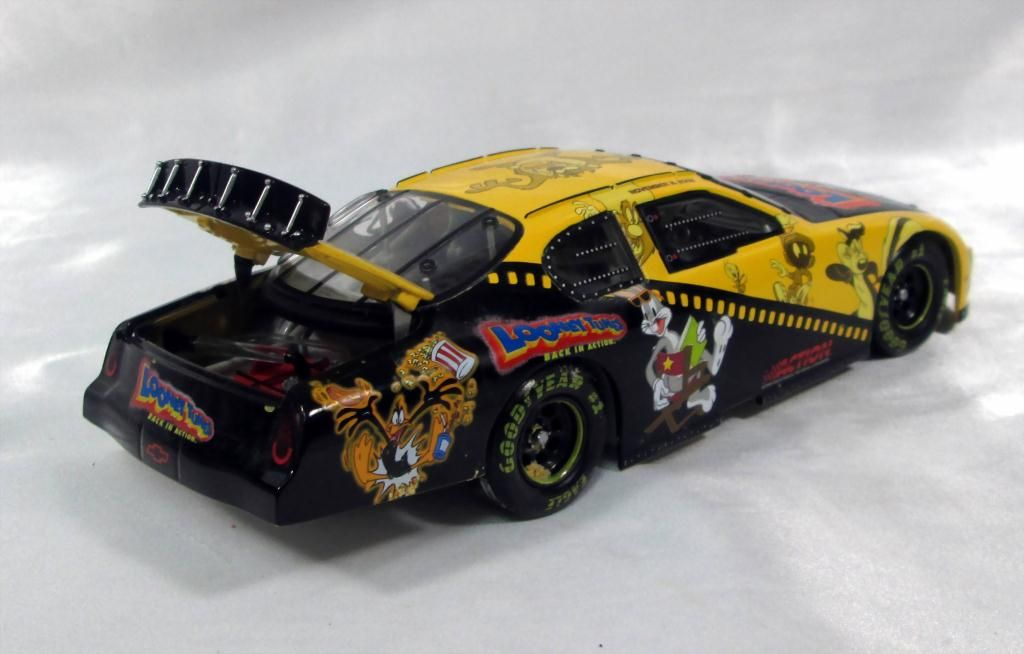 Looney Tunes Back In Action Race Car