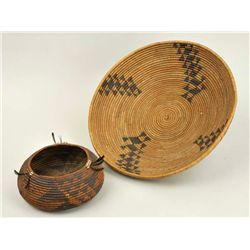 Pomo - Baskets (2 items)