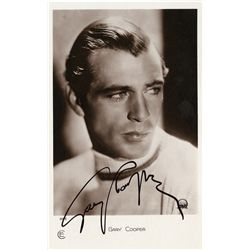 GARY COOPER SIGNED PHOTOGRAPHIC POSTCARD
