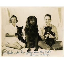 HUMPHREY BOGART SIGNED PHOTO WITH WIFE AND PETS