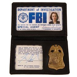 "THE X FILES GILLIAN ANDERSON ""DANA SCULLY"" FBI CREDENTIALS"