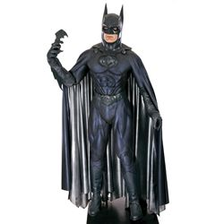 BATMAN & ROBIN GEORGE CLOONEY SCREEN-WORN BATMAN COSTUME DISPLAY