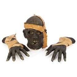 UNIVERSAL STUDIOS THEME PARK MUMMY MASK AND HANDS FROM STEVEN SOMMERS STAGE SHOW