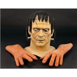 FRANKENSTEIN UNIVERSAL THEME PARK WALK-AROUND HEAD WITH HANDS