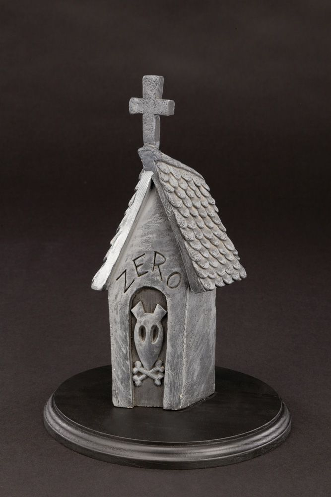 "ZERO\'S"" TOMBSTONE DOGHOUSE FROM THE NIGHTMARE BEFORE CHRISTMAS"