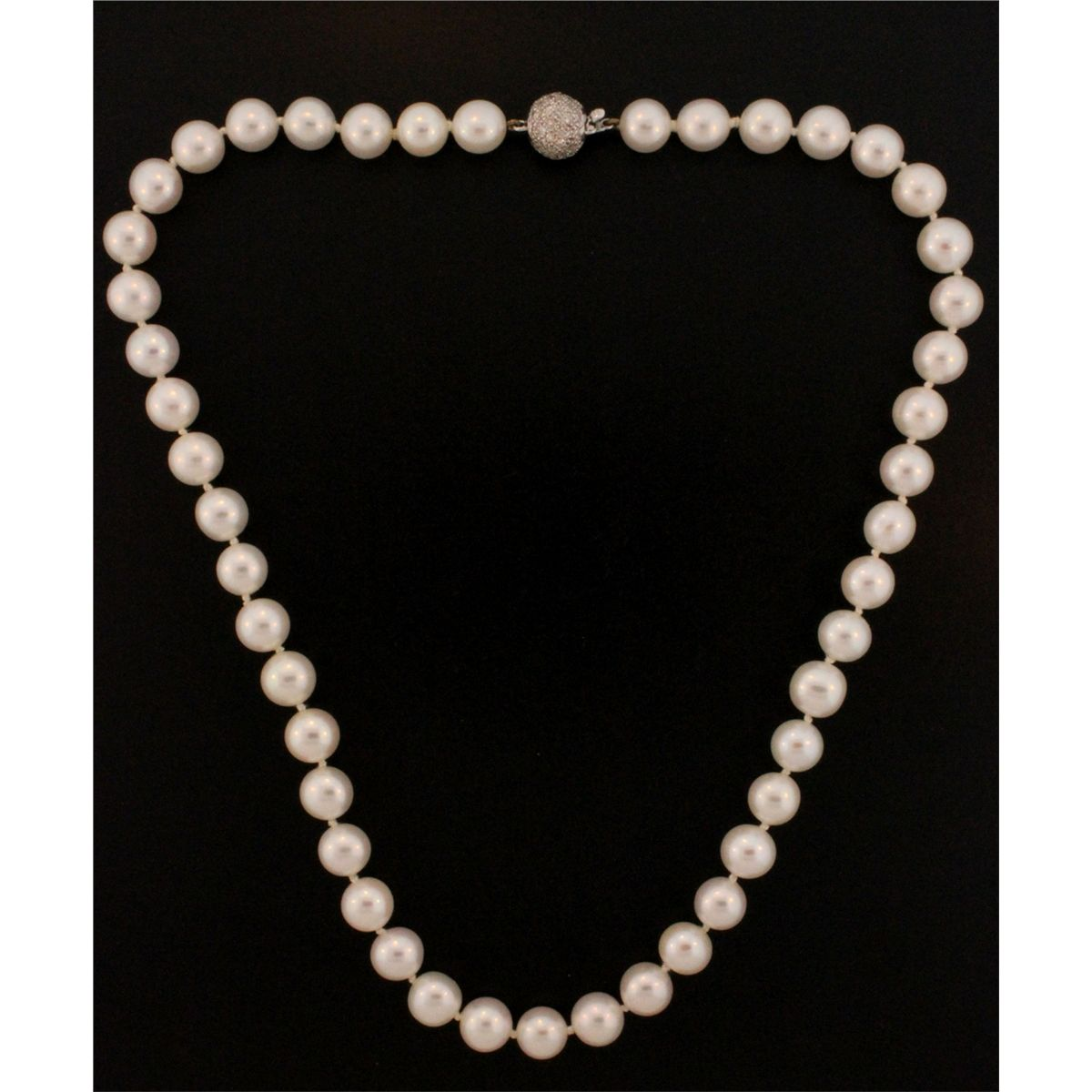Single Strand Pearl Necklace: NECKLACE: Single Strand Cultured Pearl Necklace