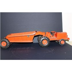 MODEL PAN EARTH MOVER - 29""