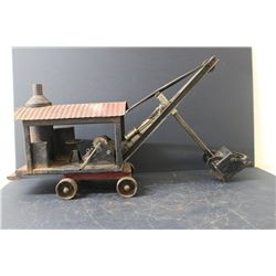 STEEL CRAFT STEAM SHOVEL - SHOVEL NEEDS  TO BE HOOKED UP - EVERYTHING WORKS FINE