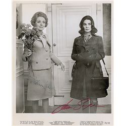 Jean Simmons and Evelyn Laye