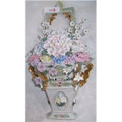 CAPODIMONTE STYLE HANGING WALL SCONCE