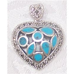 STERLING SILVER TURQUOISE HEART PENDANT WEIGHING 8.2 GRAMS