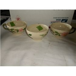 3 vintage Franciscan Desert Rose cup tracking 239