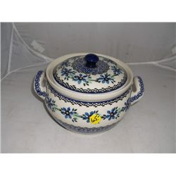 "6 "" Tall 9"" Wide covered pot Ceramika Artystyczna Artistic Ceramics Hand made in Poland"