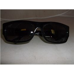 Maui Jim Sunglasses Maui Jim Sunglasses GS250-02 Lava Flow msrp $219.00