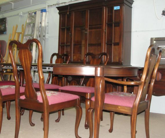 Image 1 10pc Gibbard Solid Mahogany Dining Room Suite