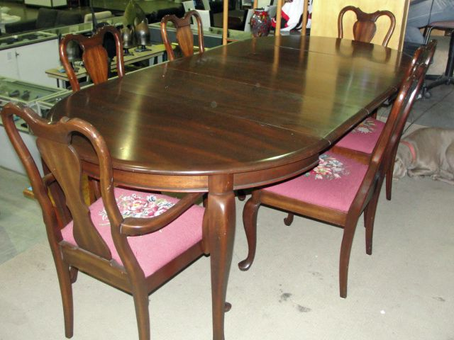 Image 4 10pc Gibbard Solid Mahogany Dining Room Suite