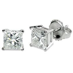 0.66 ctw Princess cut Diamond Stud Earrings G-H, VVS