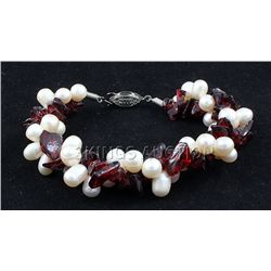 "150.4CTW 8"" RED-WHITE FRESHWATER PEARL AND CHIPPED STON"