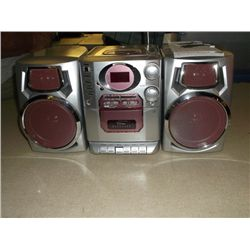 Durra brand am/fm radio and cd player
