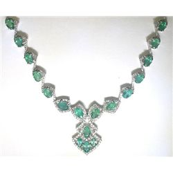 14K GOLD EMERALD AND DIAMOND NECKLACE