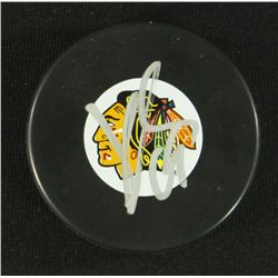 Jonathan Toews Signed Blackhawks Logo Puck (GA COA)