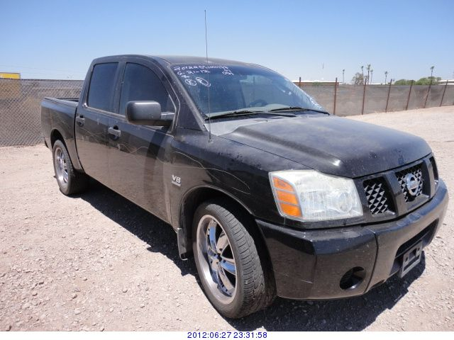 2004 nissan titan. Black Bedroom Furniture Sets. Home Design Ideas