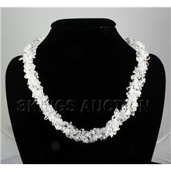 577.86CTW 19in. CLEAR CHIPPED STONE NECKLACE METAL LOCK