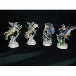 4 Figurines made in Japan