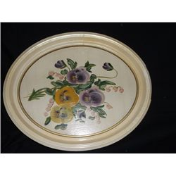 """Floral Print in Oval Frame Aprox. 13"""" x 16"""""""