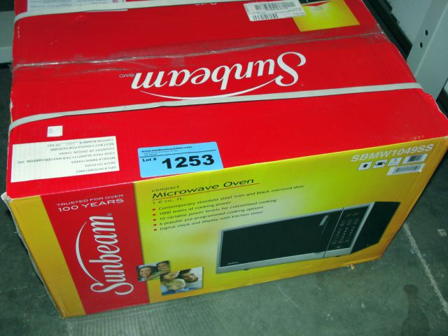 Image 1 Sunbeam Stainless Steel Microwave Oven