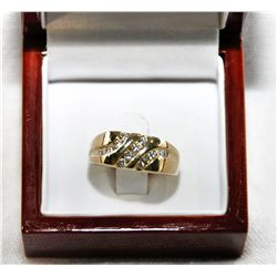 14Kt Gold 8.2g Man's Diamond ring