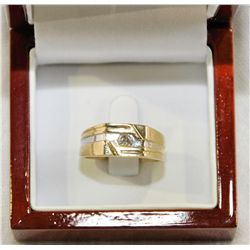 Man's 10Kt Gold Diamond Ring