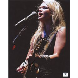 Miranda Lambert Signed 8x10 Photo (GA COA)