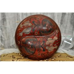 Chinese wood and lacquer large covered box in Yin Yang